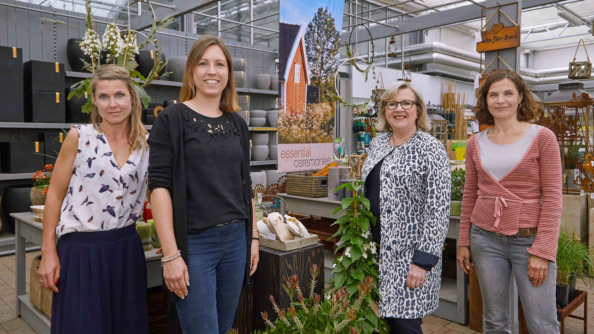 from left to right: Julia Nawra (Consultant in Visual Marketing and Decoration at  Thierfelder-Nawra GbR), Sarah Bronner-Müller (Managing Director of the garden centre), Eva Olbrich (Christmasworld Director) and Stefanie Thierfelder (Consultant for Visual Marketing and Decoration at  Thierfelder-Nawra GbR)