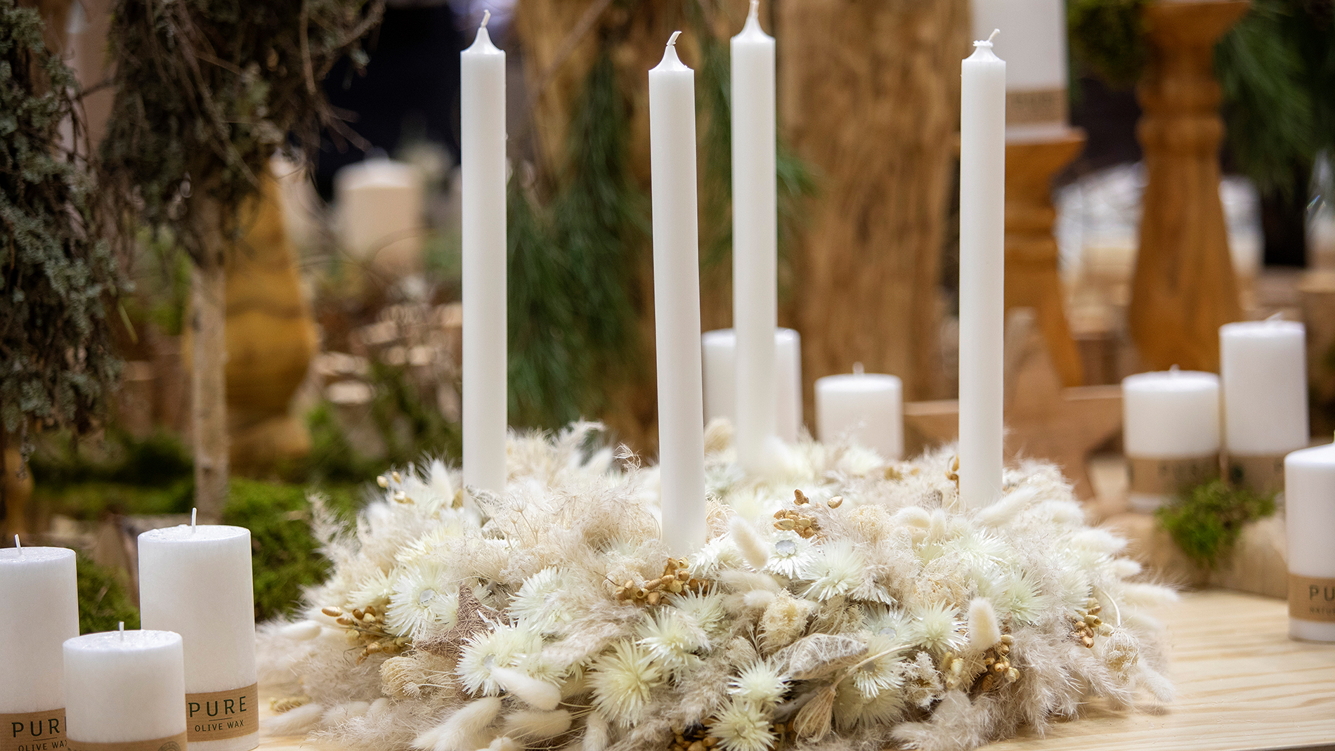 white candles at Christmasworld